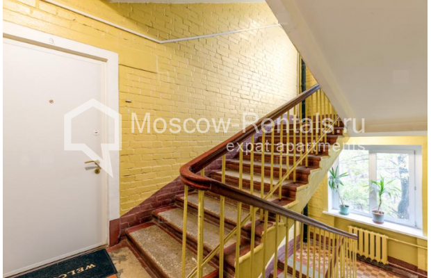 """Photo #13 2-room (1 BR) apartment for <a href=""""http://moscow-rentals.ru/en/articles/long-term-rent"""" target=""""_blank"""">a long-term</a> rent  in Russia, Moscow, Staryi Tolmachevskyi lane, 7"""
