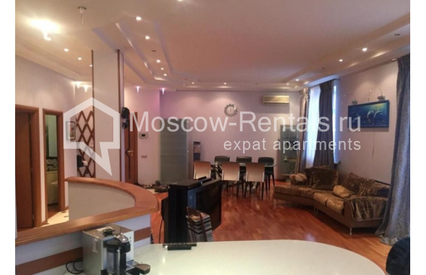 """Photo #6 3-room (2 BR) apartment for <a href=""""http://moscow-rentals.ru/en/articles/long-term-rent"""" target=""""_blank"""">a long-term</a> rent  in Russia, Moscow, Kosmodamianskaya emb, 40/42с3"""