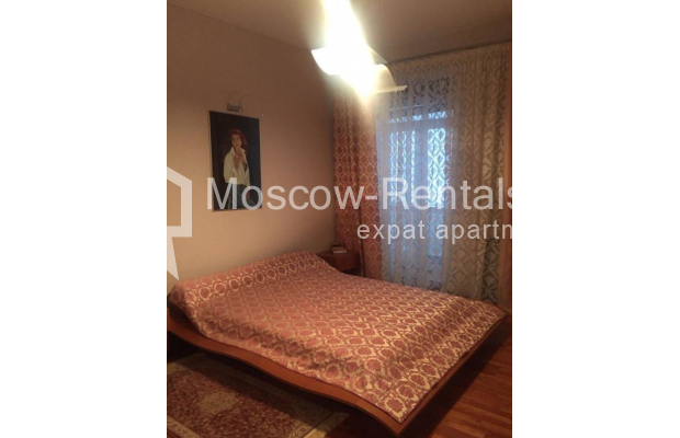 """Photo #8 3-room (2 BR) apartment for <a href=""""http://moscow-rentals.ru/en/articles/long-term-rent"""" target=""""_blank"""">a long-term</a> rent  in Russia, Moscow, Kosmodamianskaya emb, 40/42с3"""