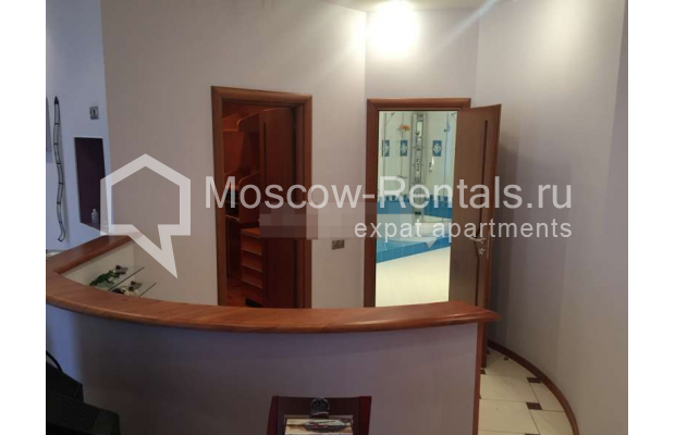 """Photo #13 3-room (2 BR) apartment for <a href=""""http://moscow-rentals.ru/en/articles/long-term-rent"""" target=""""_blank"""">a long-term</a> rent  in Russia, Moscow, Kosmodamianskaya emb, 40/42с3"""