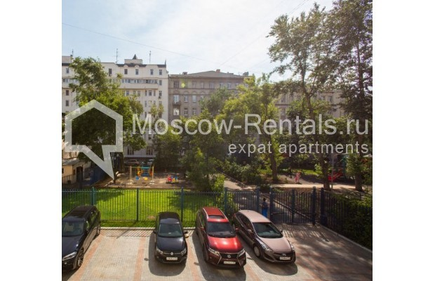 """Photo #12 3-room (2 BR) apartment for <a href=""""http://moscow-rentals.ru/en/articles/long-term-rent"""" target=""""_blank"""">a long-term</a> rent  in Russia, Moscow, Daev lane, 5"""