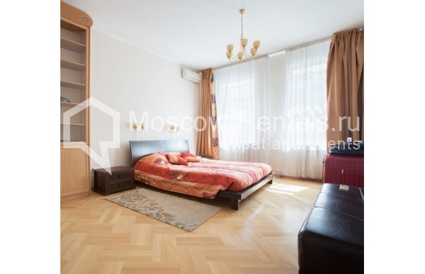 """Photo #5 3-room (2 BR) apartment for <a href=""""http://moscow-rentals.ru/en/articles/long-term-rent"""" target=""""_blank"""">a long-term</a> rent  in Russia, Moscow, Daev lane, 5"""