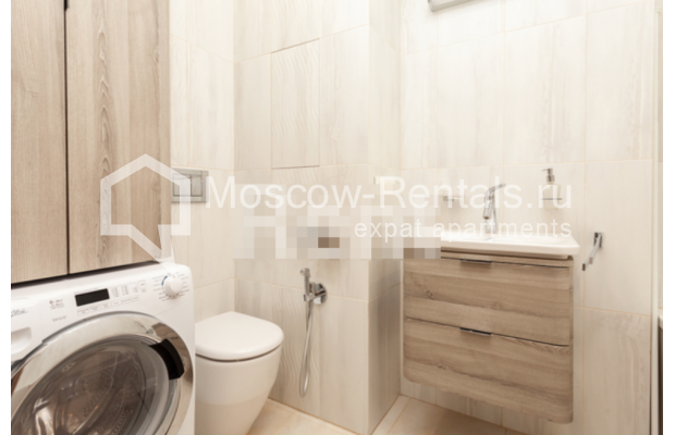 """Photo #11 3-room (2 BR) apartment for <a href=""""http://moscow-rentals.ru/en/articles/long-term-rent"""" target=""""_blank"""">a long-term</a> rent  in Russia, Moscow, B. Levshinskyi lane, 3/5"""