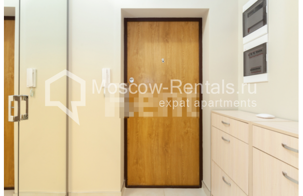 """Photo #16 3-room (2 BR) apartment for <a href=""""http://moscow-rentals.ru/en/articles/long-term-rent"""" target=""""_blank"""">a long-term</a> rent  in Russia, Moscow, B. Levshinskyi lane, 3/5"""