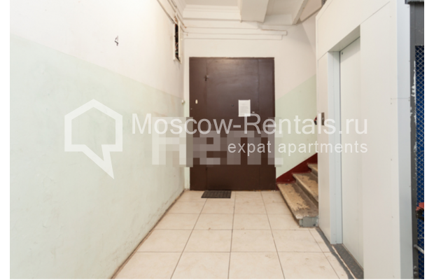 """Photo #17 3-room (2 BR) apartment for <a href=""""http://moscow-rentals.ru/en/articles/long-term-rent"""" target=""""_blank"""">a long-term</a> rent  in Russia, Moscow, B. Levshinskyi lane, 3/5"""