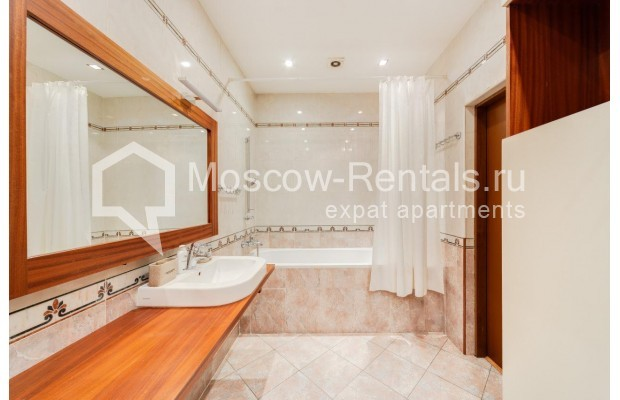 """Photo #5 2-room (1 BR) apartment for <a href=""""http://moscow-rentals.ru/en/articles/long-term-rent"""" target=""""_blank"""">a long-term</a> rent  in Russia, Moscow, Grokholskyi lane, 28"""