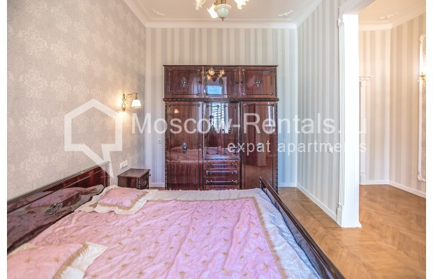 """Photo #6 3-room (2 BR) apartment for <a href=""""http://moscow-rentals.ru/en/articles/long-term-rent"""" target=""""_blank"""">a long-term</a> rent  in Russia, Moscow, Tarasa Shevchenko emb, 1"""