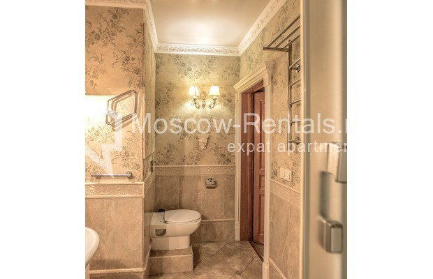 """Photo #8 3-room (2 BR) apartment for <a href=""""http://moscow-rentals.ru/en/articles/long-term-rent"""" target=""""_blank"""">a long-term</a> rent  in Russia, Moscow, Tarasa Shevchenko emb, 1"""