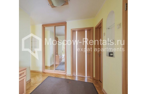 """Photo #11 3-room (2 BR) apartment for <a href=""""http://moscow-rentals.ru/en/articles/long-term-rent"""" target=""""_blank"""">a long-term</a> rent  in Russia, Moscow, B. Afanasievskyi lane, 35-37С4"""