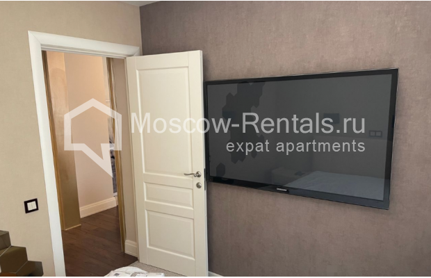 """Photo #12 3-room (2 BR) apartment for <a href=""""http://moscow-rentals.ru/en/articles/long-term-rent"""" target=""""_blank"""">a long-term</a> rent  in Russia, Moscow, Gruzinskyi val, 14"""
