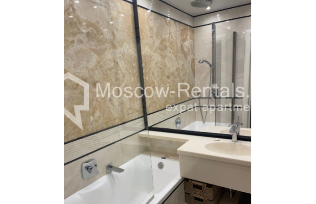 """Photo #16 3-room (2 BR) apartment for <a href=""""http://moscow-rentals.ru/en/articles/long-term-rent"""" target=""""_blank"""">a long-term</a> rent  in Russia, Moscow, Gruzinskyi val, 14"""