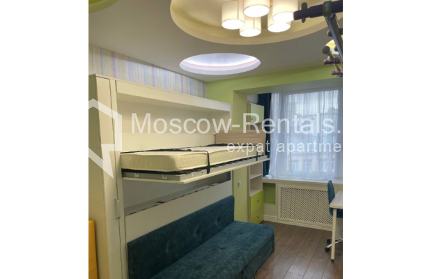 """Photo #13 3-room (2 BR) apartment for <a href=""""http://moscow-rentals.ru/en/articles/long-term-rent"""" target=""""_blank"""">a long-term</a> rent  in Russia, Moscow, Gruzinskyi val, 14"""