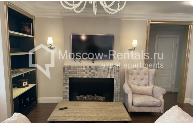 """Photo #8 3-room (2 BR) apartment for <a href=""""http://moscow-rentals.ru/en/articles/long-term-rent"""" target=""""_blank"""">a long-term</a> rent  in Russia, Moscow, Gruzinskyi val, 14"""