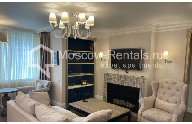 """Photo #9 3-room (2 BR) apartment for <a href=""""http://moscow-rentals.ru/en/articles/long-term-rent"""" target=""""_blank"""">a long-term</a> rent  in Russia, Moscow, Gruzinskyi val, 14"""
