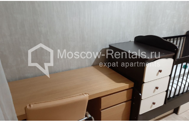 """Photo #7 3-room (2 BR) apartment for <a href=""""http://moscow-rentals.ru/en/articles/long-term-rent"""" target=""""_blank"""">a long-term</a> rent  in Russia, Moscow, B. Spasskaya str, 31"""