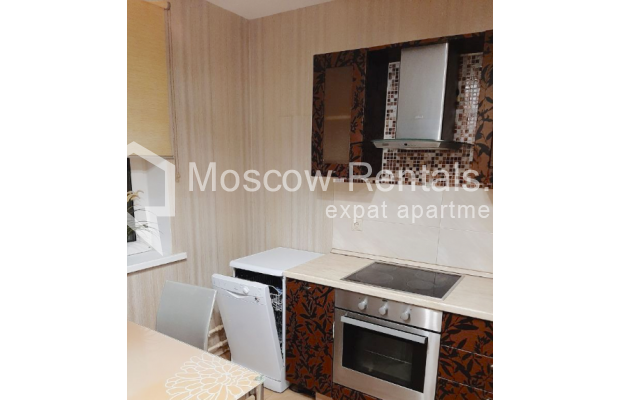 """Photo #15 3-room (2 BR) apartment for <a href=""""http://moscow-rentals.ru/en/articles/long-term-rent"""" target=""""_blank"""">a long-term</a> rent  in Russia, Moscow, B. Spasskaya str, 31"""