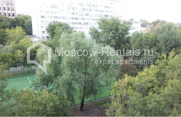 """Photo #20 3-room (2 BR) apartment for <a href=""""http://moscow-rentals.ru/en/articles/long-term-rent"""" target=""""_blank"""">a long-term</a> rent  in Russia, Moscow, B. Spasskaya str, 31"""