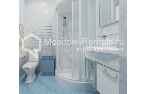 """Photo #14 3-room (2 BR) apartment for <a href=""""http://moscow-rentals.ru/en/articles/long-term-rent"""" target=""""_blank"""">a long-term</a> rent  in Russia, Moscow, Novolesnoi lane, 5"""