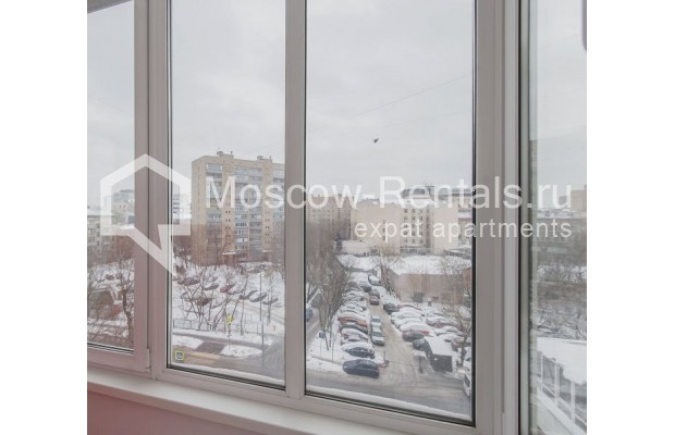 """Photo #17 3-room (2 BR) apartment for <a href=""""http://moscow-rentals.ru/en/articles/long-term-rent"""" target=""""_blank"""">a long-term</a> rent  in Russia, Moscow, Novolesnoi lane, 5"""