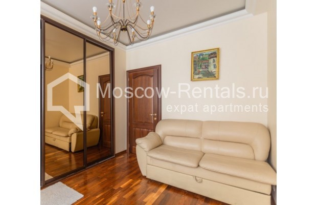 """Photo #10 3-room (2 BR) apartment for <a href=""""http://moscow-rentals.ru/en/articles/long-term-rent"""" target=""""_blank"""">a long-term</a> rent  in Russia, Moscow, M. Levshinskyi lane, 14/9С1"""
