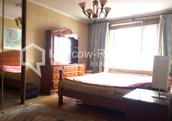 "Photo #5 3-room (2 BR) apartment <u>for a long-term rent</u> (<a href=""http://moscow-rentals.ru/en/articles/long-term-rent"" target=""_blank"">FAQ</a>)    in Russia, Moscow, B. Sukharevsky lane., 14"