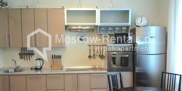 "Photo #3 3-room (2 BR) apartment <u>for a long-term rent</u> (<a href=""http://moscow-rentals.ru/en/articles/long-term-rent"" target=""_blank"">FAQ</a>)    in Russia, Moscow, Neglinnaya str, 18/1"