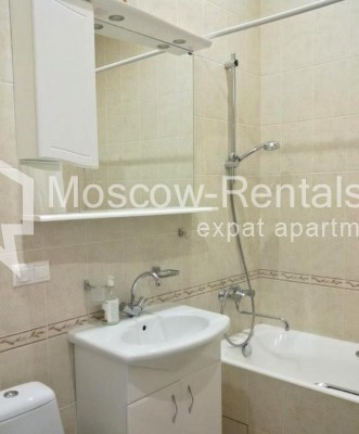 "Photo #7 3-room (2 BR) apartment <u>for a long-term rent</u> (<a href=""http://moscow-rentals.ru/en/articles/long-term-rent"" target=""_blank"">FAQ</a>)    in Russia, Moscow, Neglinnaya str, 18/1"