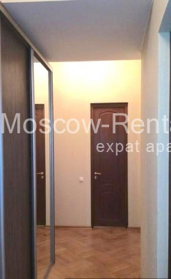 "Photo #8 3-room (2 BR) apartment <u>for a long-term rent</u> (<a href=""http://moscow-rentals.ru/en/articles/long-term-rent"" target=""_blank"">FAQ</a>)    in Russia, Moscow, Neglinnaya str, 18/1"