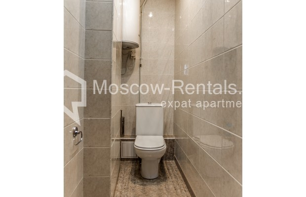 """Photo #20 3-room (2 BR) apartment for <a href=""""http://moscow-rentals.ru/en/articles/long-term-rent"""" target=""""_blank"""">a long-term</a> rent  in Russia, Moscow, 1st Kolobovsky lane, 10c1"""