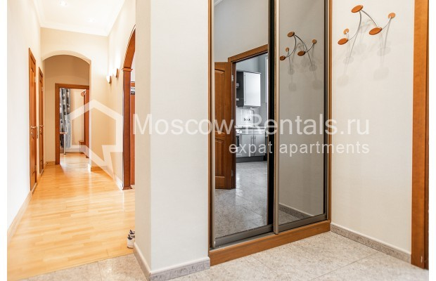 """Photo #16 3-room (2 BR) apartment for <a href=""""http://moscow-rentals.ru/en/articles/long-term-rent"""" target=""""_blank"""">a long-term</a> rent  in Russia, Moscow, 1st Kolobovsky lane, 10c1"""