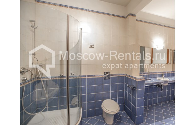 """Photo #14 4-room (3 BR) apartment for <a href=""""http://moscow-rentals.ru/en/articles/long-term-rent"""" target=""""_blank"""">a long-term</a> rent  in Russia, Moscow, Krasnoproletarskaya str, 7"""