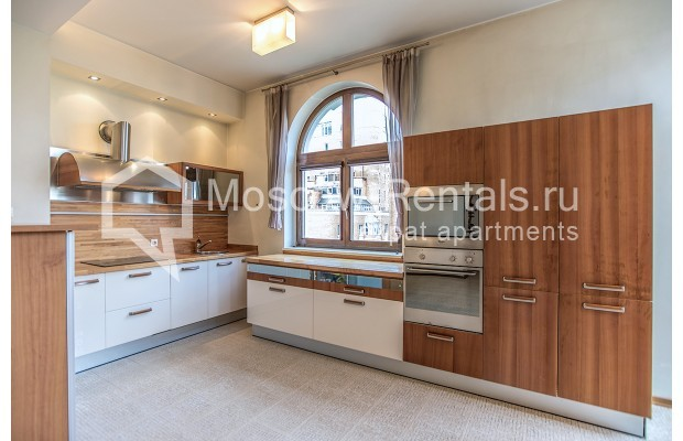"""Photo #6 4-room (3 BR) apartment for <a href=""""http://moscow-rentals.ru/en/articles/long-term-rent"""" target=""""_blank"""">a long-term</a> rent  in Russia, Moscow, Krasnoproletarskaya str, 7"""