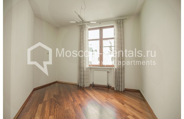 """Photo #20 4-room (3 BR) apartment for <a href=""""http://moscow-rentals.ru/en/articles/long-term-rent"""" target=""""_blank"""">a long-term</a> rent  in Russia, Moscow, Krasnoproletarskaya str, 7"""