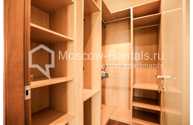 """Photo #18 4-room (3 BR) apartment for <a href=""""http://moscow-rentals.ru/en/articles/long-term-rent"""" target=""""_blank"""">a long-term</a> rent  in Russia, Moscow, Krasnoproletarskaya str, 7"""