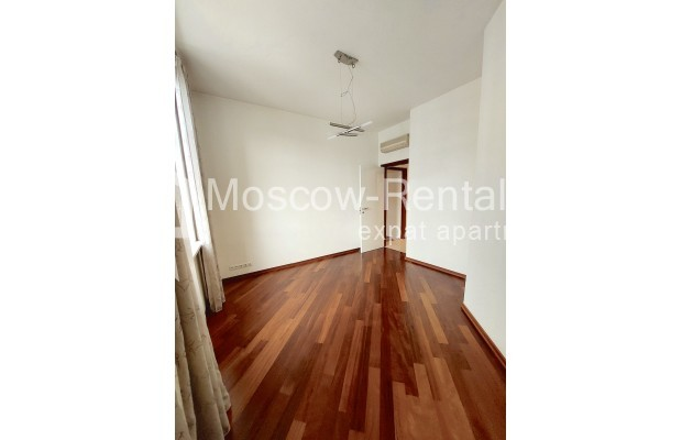 """Photo #21 4-room (3 BR) apartment for <a href=""""http://moscow-rentals.ru/en/articles/long-term-rent"""" target=""""_blank"""">a long-term</a> rent  in Russia, Moscow, Krasnoproletarskaya str, 7"""