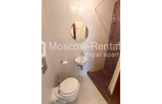 """Photo #30 4-room (3 BR) apartment for <a href=""""http://moscow-rentals.ru/en/articles/long-term-rent"""" target=""""_blank"""">a long-term</a> rent  in Russia, Moscow, Krasnoproletarskaya str, 7"""