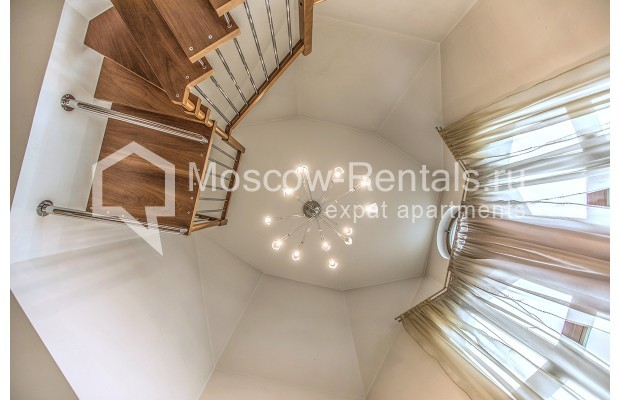"""Photo #10 4-room (3 BR) apartment for <a href=""""http://moscow-rentals.ru/en/articles/long-term-rent"""" target=""""_blank"""">a long-term</a> rent  in Russia, Moscow, Krasnoproletarskaya str, 7"""
