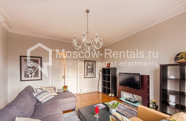 """Photo #2 3-room (2 BR) apartment for <a href=""""http://moscow-rentals.ru/en/articles/long-term-rent"""" target=""""_blank"""">a long-term</a> rent  in Russia, Moscow, Lubyansky proezd, 17"""