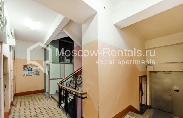 """Photo #22 3-room (2 BR) apartment for <a href=""""http://moscow-rentals.ru/en/articles/long-term-rent"""" target=""""_blank"""">a long-term</a> rent  in Russia, Moscow, Lubyansky proezd, 17"""