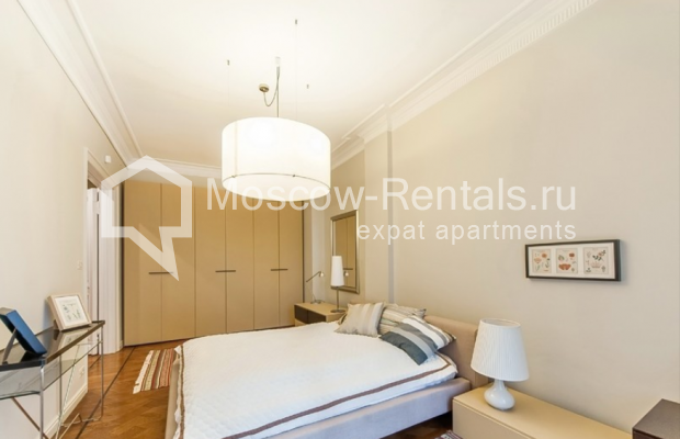 """Photo #10 3-room (2 BR) apartment for <a href=""""http://moscow-rentals.ru/en/articles/long-term-rent"""" target=""""_blank"""">a long-term</a> rent  in Russia, Moscow, Lubyansky proezd, 17"""