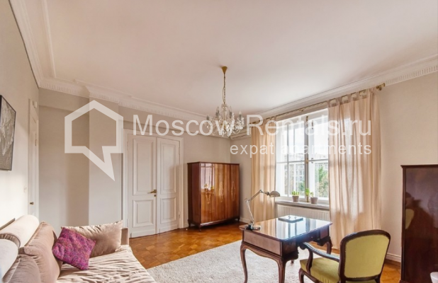 """Photo #15 3-room (2 BR) apartment for <a href=""""http://moscow-rentals.ru/en/articles/long-term-rent"""" target=""""_blank"""">a long-term</a> rent  in Russia, Moscow, Lubyansky proezd, 17"""