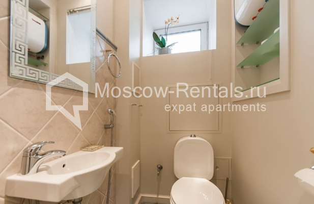 """Photo #17 3-room (2 BR) apartment for <a href=""""http://moscow-rentals.ru/en/articles/long-term-rent"""" target=""""_blank"""">a long-term</a> rent  in Russia, Moscow, Lubyansky proezd, 17"""