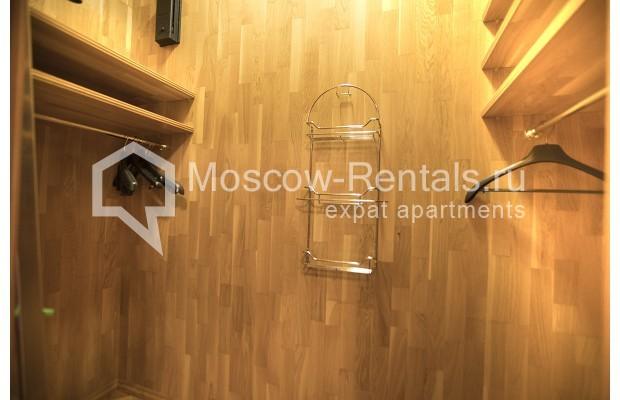 """Photo #11 4-room (3 BR) apartment for <a href=""""http://moscow-rentals.ru/en/articles/long-term-rent"""" target=""""_blank"""">a long-term</a> rent  in Russia, Moscow, Starokonushennyi lane, 32"""