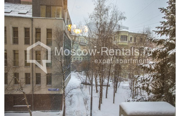 """Photo #13 4-room (3 BR) apartment for <a href=""""http://moscow-rentals.ru/en/articles/long-term-rent"""" target=""""_blank"""">a long-term</a> rent  in Russia, Moscow, Starokonushennyi lane, 32"""