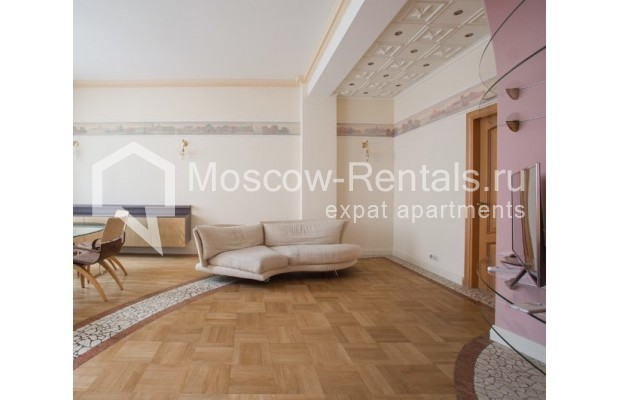 """Photo #3 3-room (2 BR) apartment for <a href=""""http://moscow-rentals.ru/en/articles/long-term-rent"""" target=""""_blank"""">a long-term</a> rent  in Russia, Moscow, Serafimovicha str, 2"""