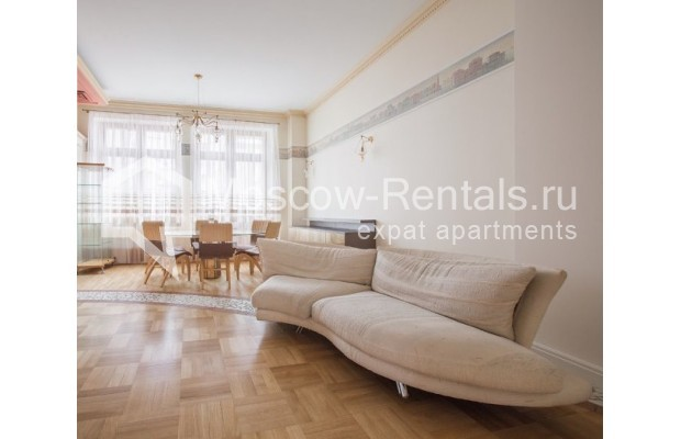 """Photo #2 3-room (2 BR) apartment for <a href=""""http://moscow-rentals.ru/en/articles/long-term-rent"""" target=""""_blank"""">a long-term</a> rent  in Russia, Moscow, Serafimovicha str, 2"""