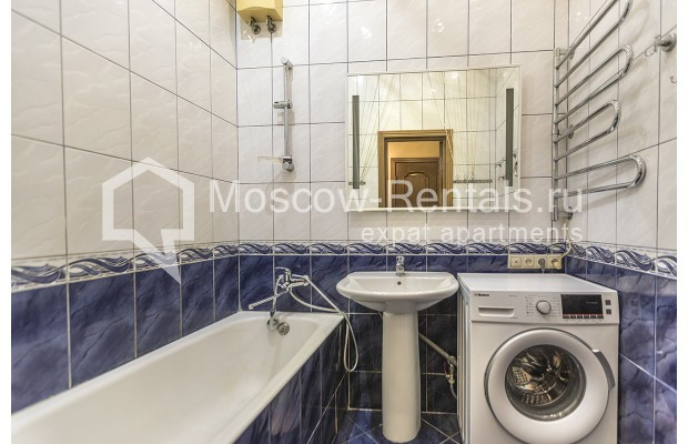 """Photo #14 5-room (4 BR) apartment for <a href=""""http://moscow-rentals.ru/en/articles/long-term-rent"""" target=""""_blank"""">a long-term</a> rent  in Russia, Moscow, Nikitskyi blv, 12"""