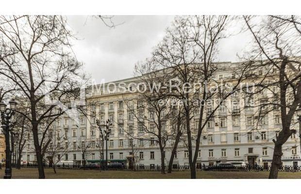 """Photo #17 5-room (4 BR) apartment for <a href=""""http://moscow-rentals.ru/en/articles/long-term-rent"""" target=""""_blank"""">a long-term</a> rent  in Russia, Moscow, Nikitskyi blv, 12"""
