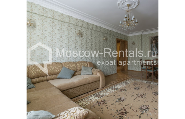 """Photo #2 4-room (3 BR) apartment for <a href=""""http://moscow-rentals.ru/en/articles/long-term-rent"""" target=""""_blank"""">a long-term</a> rent  in Russia, Moscow, Smolenskaya-Sennaya sq., 23/25"""