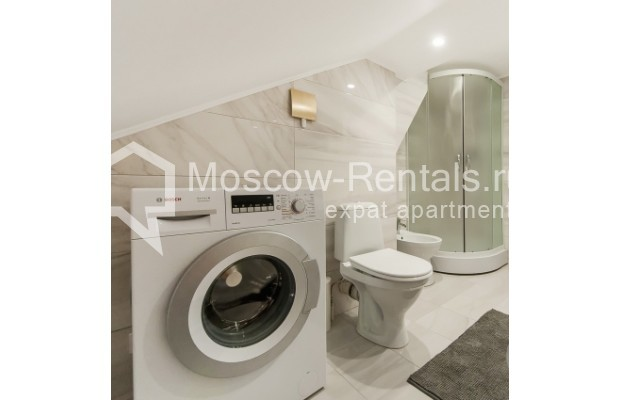 """Photo #13 4-room (3 BR) apartment for <a href=""""http://moscow-rentals.ru/en/articles/long-term-rent"""" target=""""_blank"""">a long-term</a> rent  in Russia, Moscow, Nashchokinskyi lane, 5С5"""